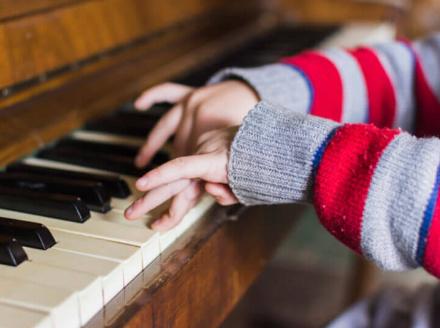 Musica-e-autismo-Curso-Online-De-Neuromusicoterapia